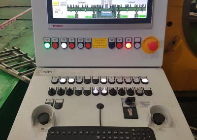 Operator console with visualisation for Pipe Calibration Press 30000kN