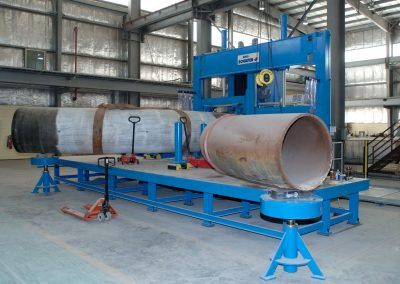 Flexible clamping unit for pipe fittings